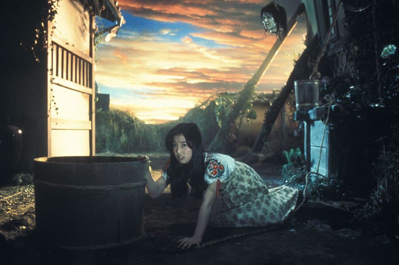image from the film HOUSE (HAUSU)